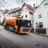 NATURAL GAS POWERED AUTOS MAKE FOR CLEANER GARBAGE TRUCKS