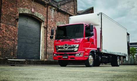HINO SAYS SALES RESULT SHOWS NEW 500 HAS SHIFTED STANDARDS IN MEDIUM DUTY MARKET