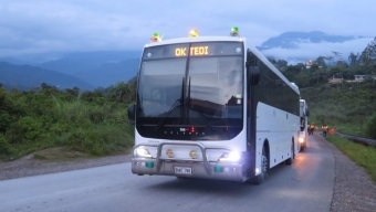 VOLGREN BUSES TACKLE TOUGH ROUTE IN PNG