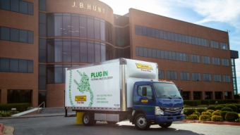FUSO SIGNS A UP MAJOR US HAULAGE COMPANY FOR eCANTER