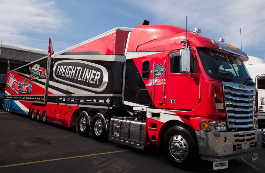 Freightliner Racing team packs everything - including the kitchen ...