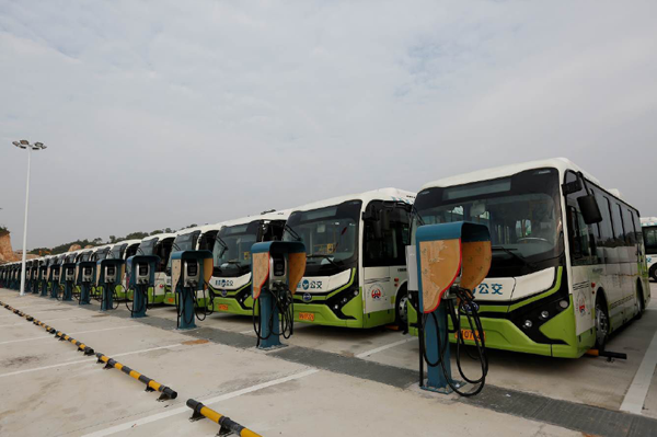600_600_electric-buses-China