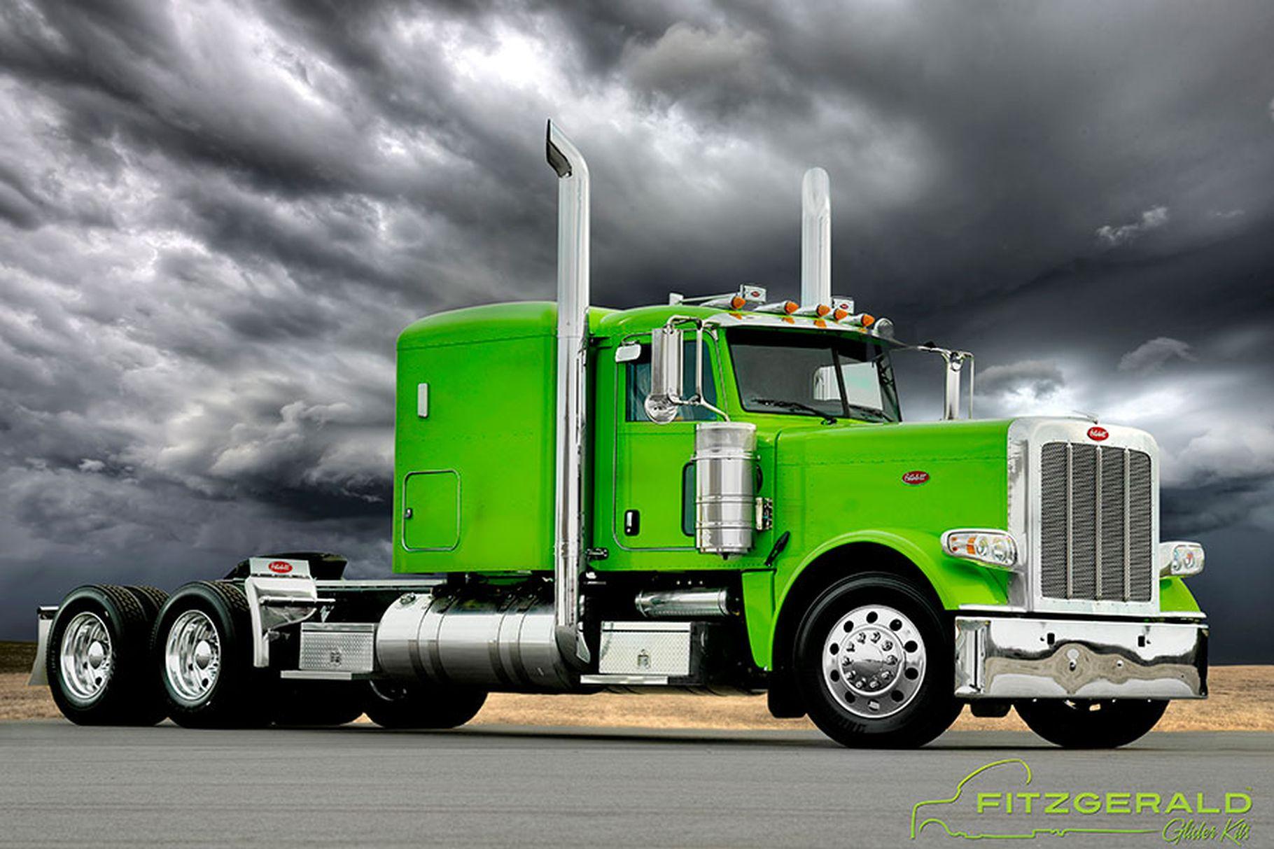 1406730985_green_peterbilt_web.0