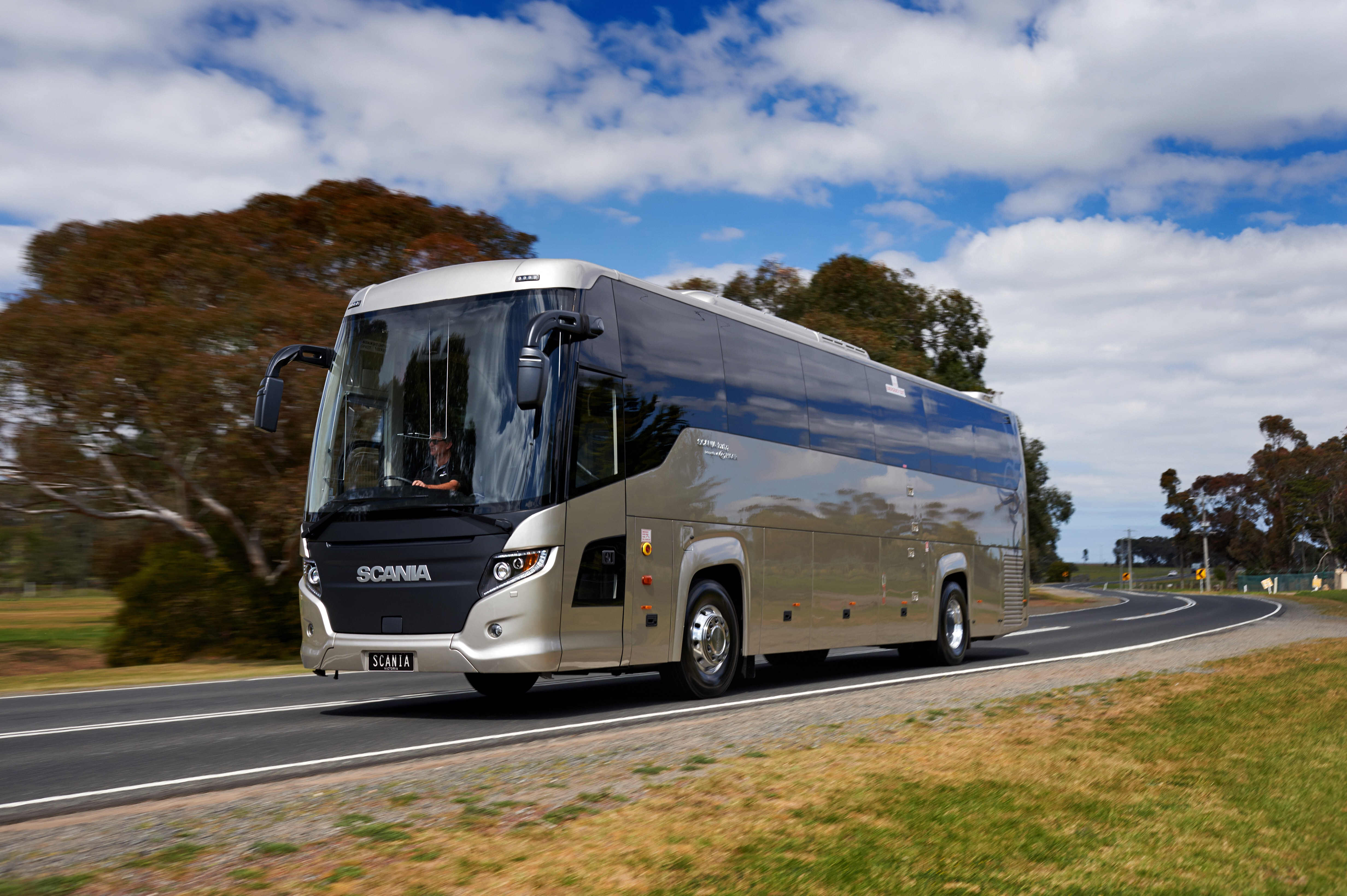 Scania Touring helps Scania to record bus deliveries